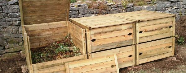 les outils et accessoires pour composteur bois gardigame 39. Black Bedroom Furniture Sets. Home Design Ideas